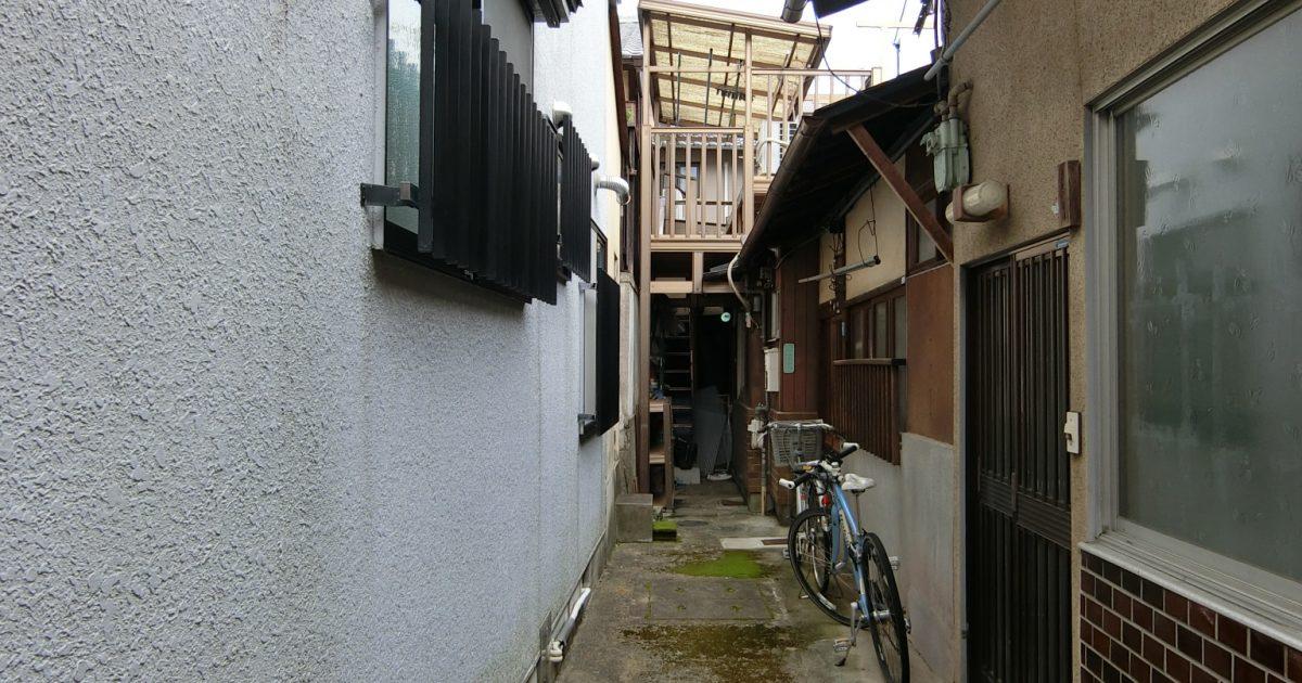 左京区_飲食店の多い街中路地