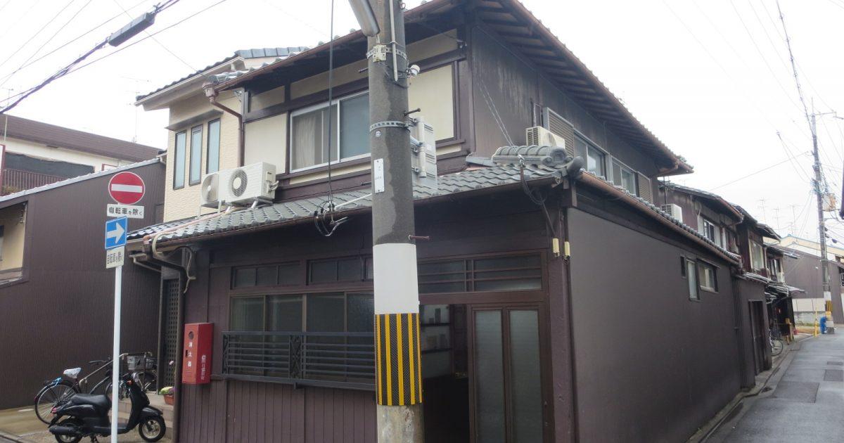 上京区_西陣地区内角地にある京町家