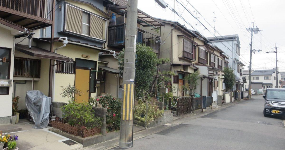 西京区_道路に面した住宅