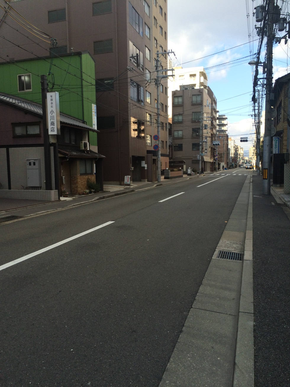 下京区_道路に面した5階建てビルの物件