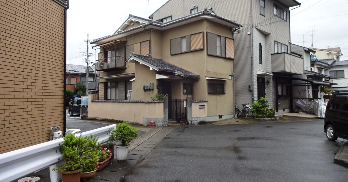 西京区_瓦屋根の物件